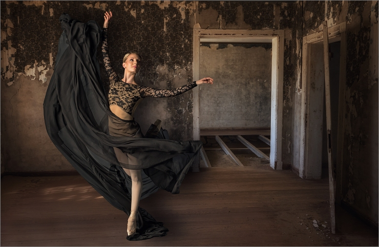 3_ar_She danced when no-one was home_Natasha Bird