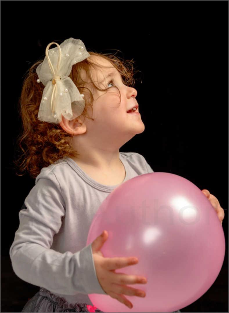 1_PI_Pink Balloon_Brian Abrahams