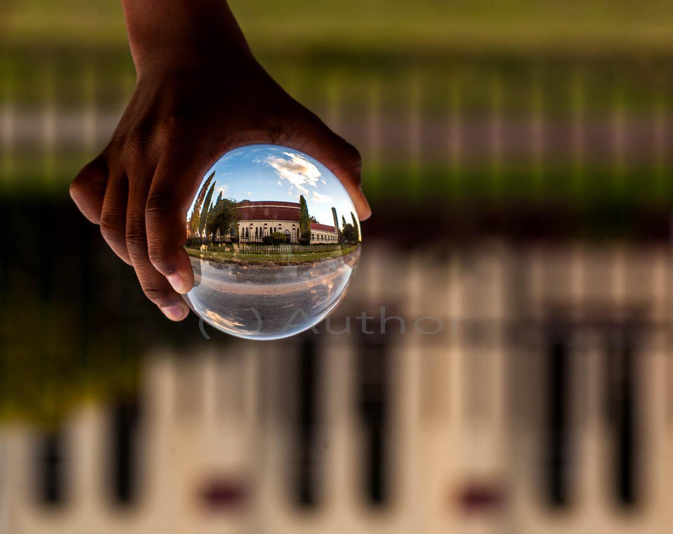 3_PI_glass house_Kenneth Kubheka