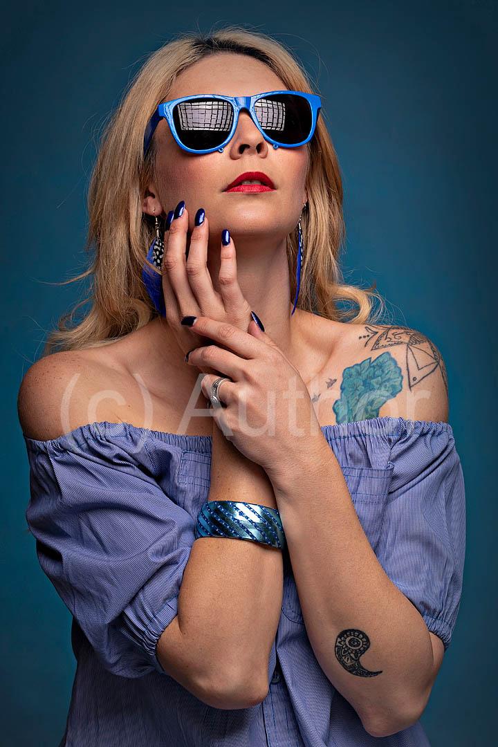 2_PI_Donna in blue_Tony Wilson