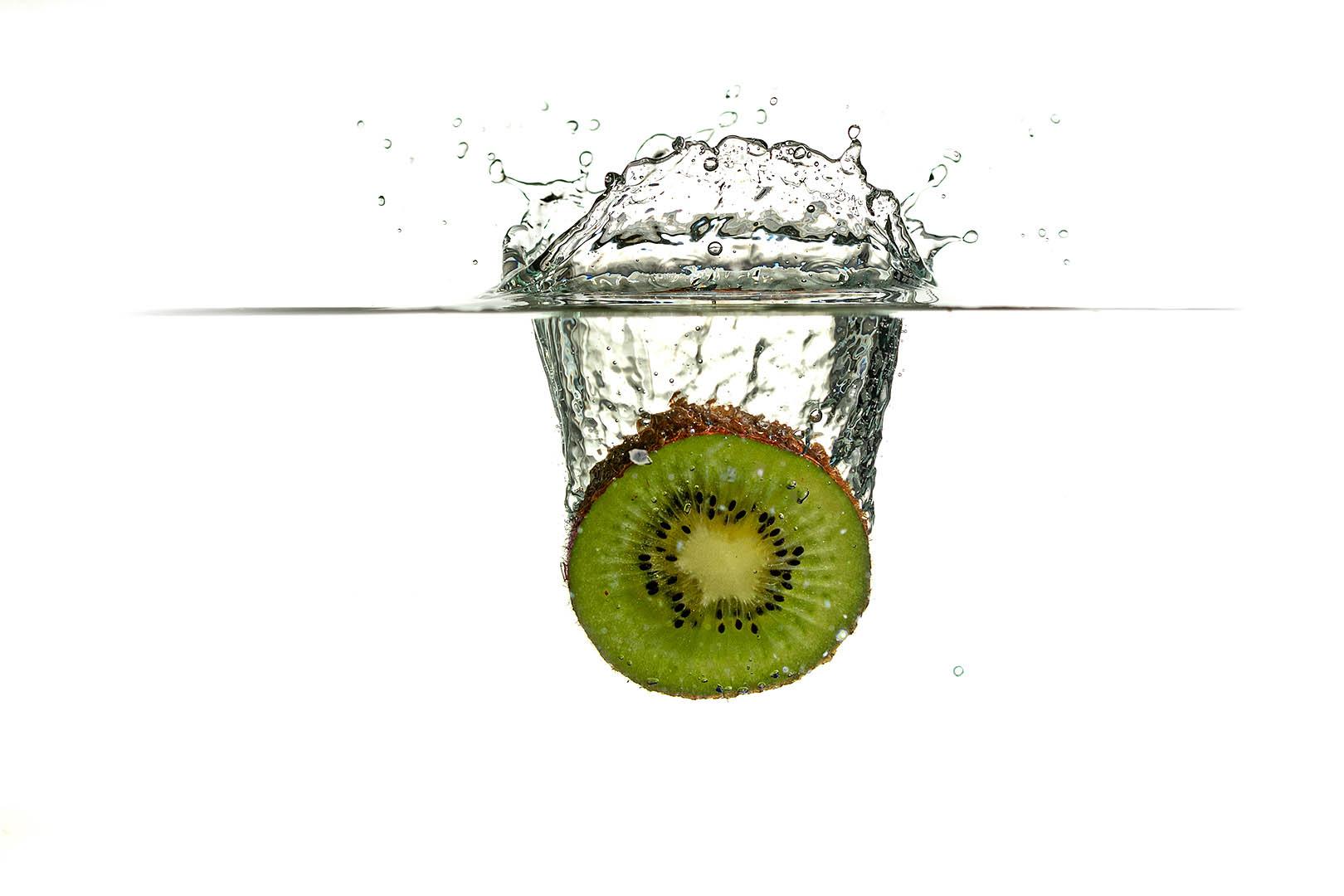 2_PI_Kiwi splash_Tony Wilson